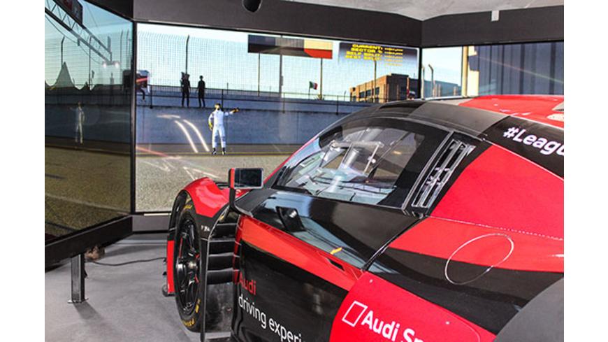 Audi R8 LMS Rennsimulator in Berlin