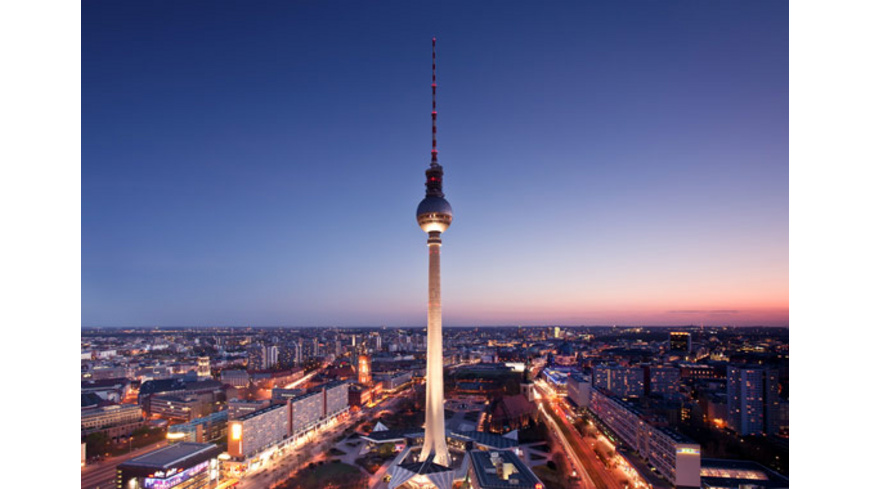 Städtetrip mit Fernsehturm-Dinner in Berlin für 2