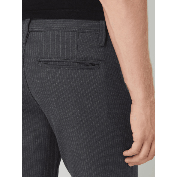 Slim Fit Chino mit Stretch-Anteil Modell 'Storm'