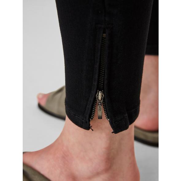 Noisy may Normal Waist mit Gürtelschlaufen Knöcheljeans in Slim Fit