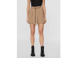 Vero Moda Relaxed Fit  High Waist Shorts