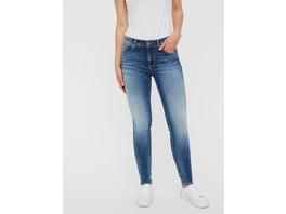 Vero Moda Regular Waist mit Gürtelschlaufen  Jeans in Slim Fit